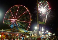 Coney-Island-Beach-Fireworks-July-4-2014-NYC1